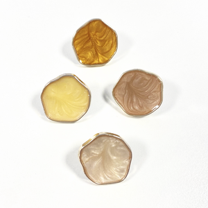 Bilde av Gullfarget knapp med farget fyll - 20mm