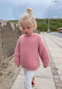 Bilde av PetiteKnit - September sweater junior - Garnpakke